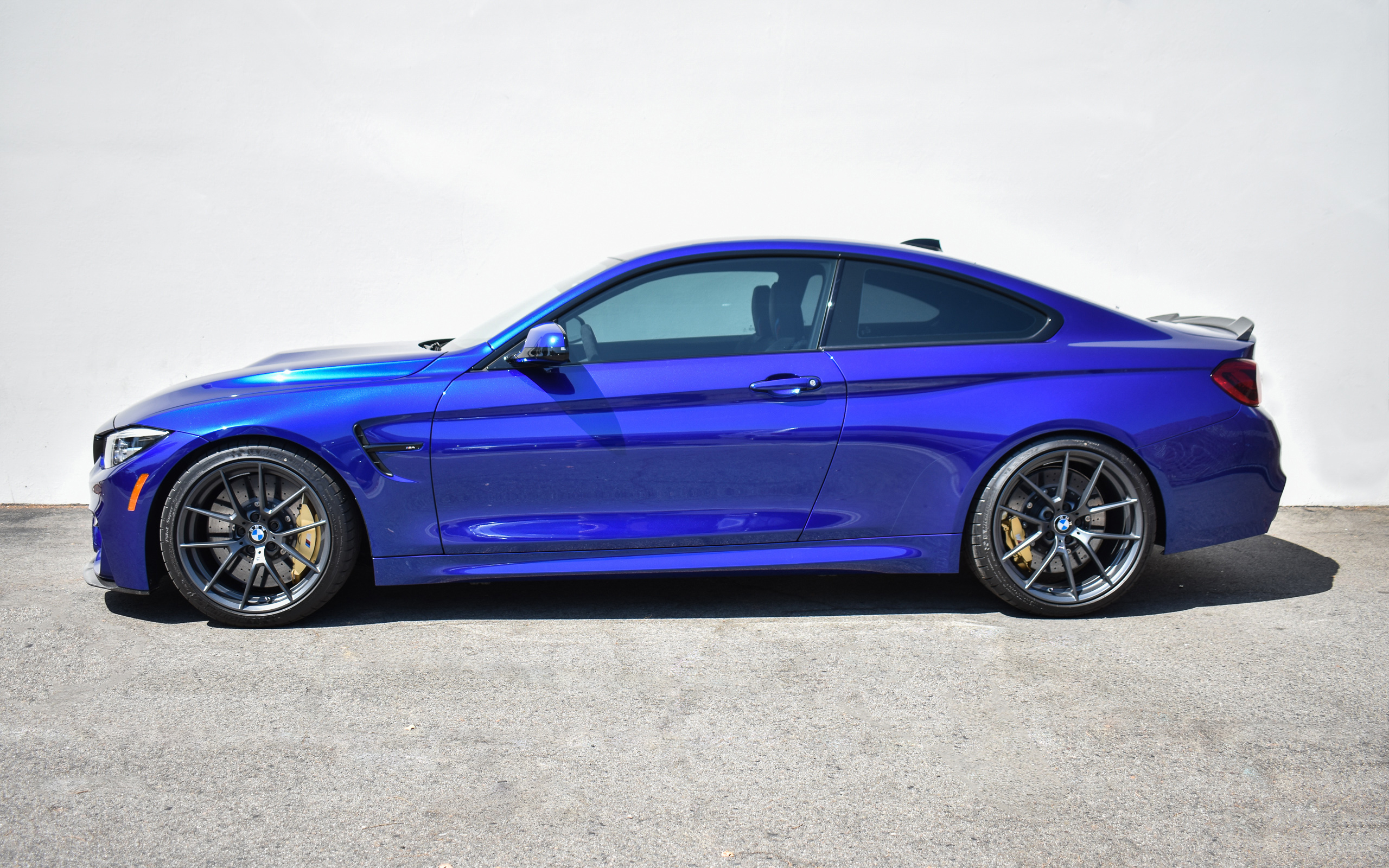 San Marino Blue F82 M4 CS - Macht Schnell Competition Lowering Springs & Wheel Spacers