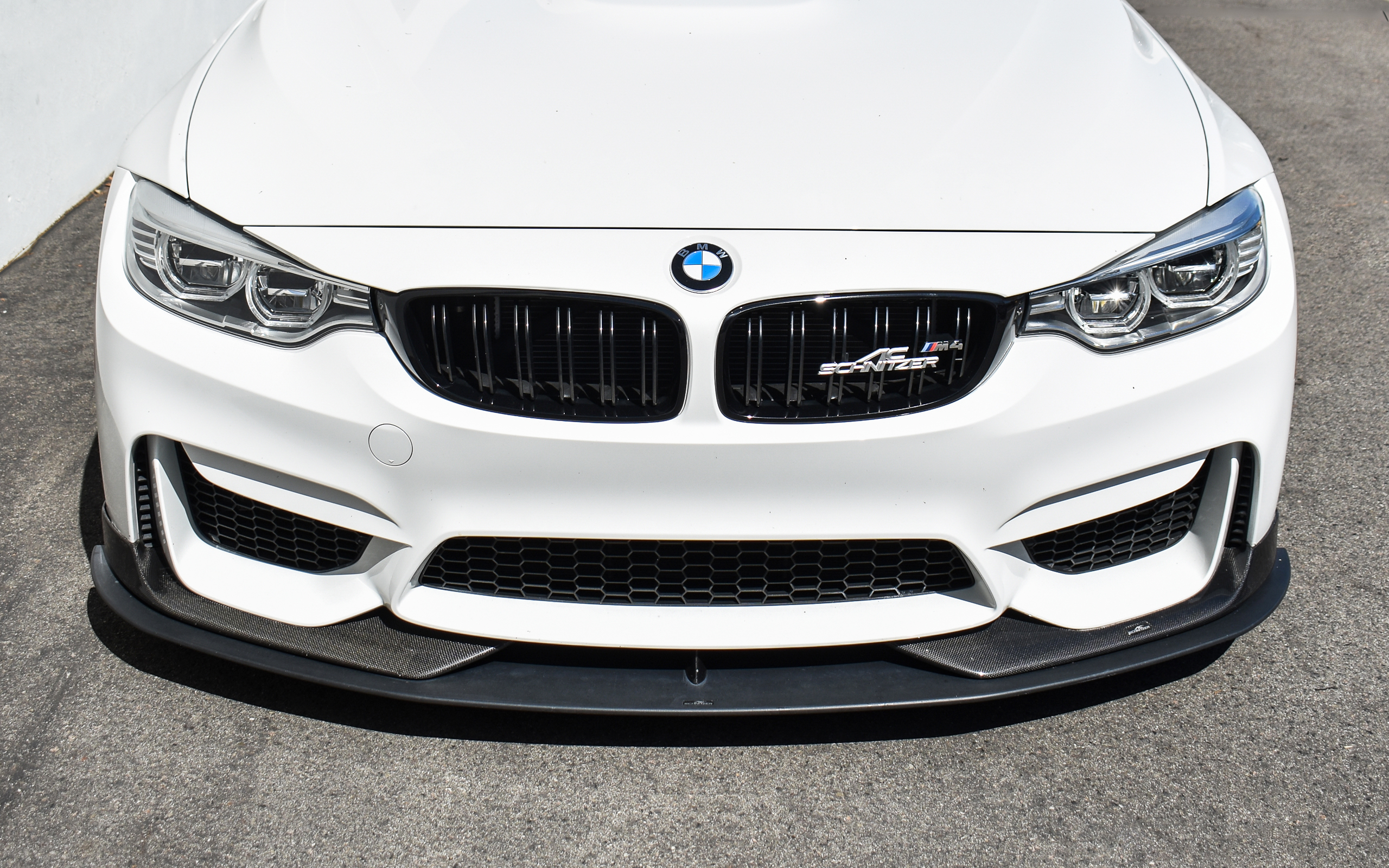 Alpine White F82 M4 - AC Schnitzer & Moton Suspension